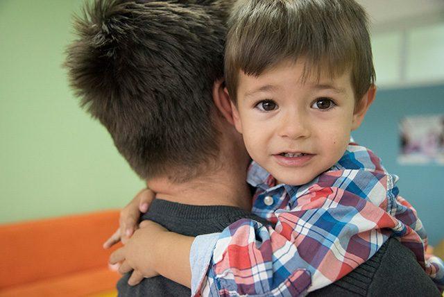 ayudar-a-familias-a-salir-adelante