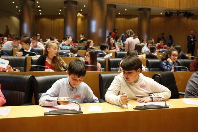 Los escolares españoles se comprometen a no rendirse nunca