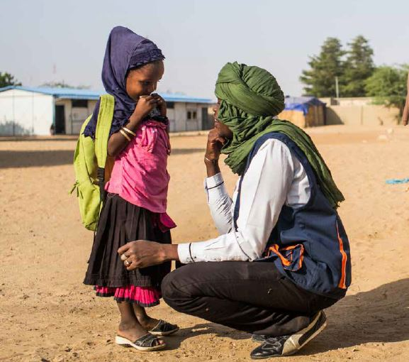 imagen-un-mundo-comprometido-que-cuida-de-la-infancia