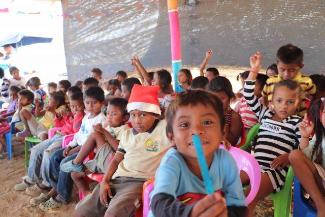 Niños atendido por Aldeas Colombia